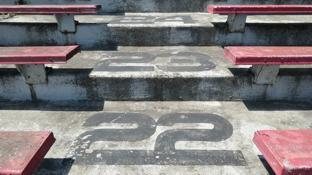 Ränge im Football-Stadion