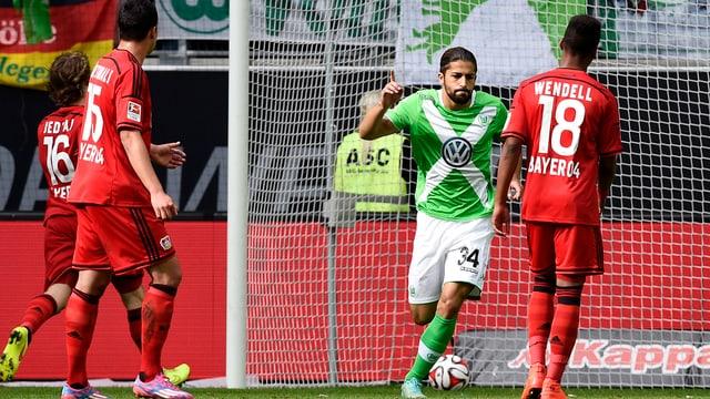 Ricardo Rodriguez erzielt beim 4:1 von Wolfsburg über Leverkusen 2 Tore.