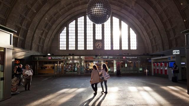 Die Bahnhofshalle des Badischen Bahnhofs in Basel