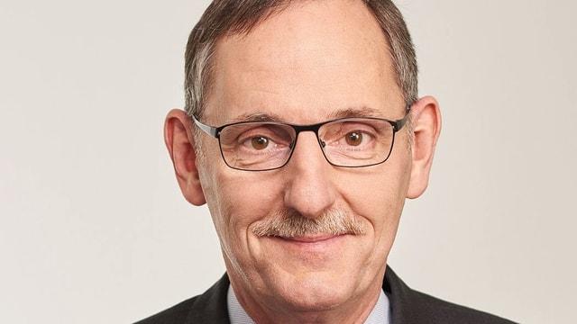 Portrait von Regierungsrat Mario Fehr