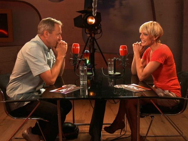 Im Sommer 2012 gab es im Focus keinen Interviewer. Zwei Gäste trafen sich jeweils zum Blind Date.
