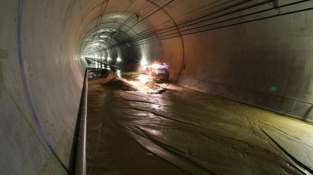 Der überschwemmte Basistunnel.