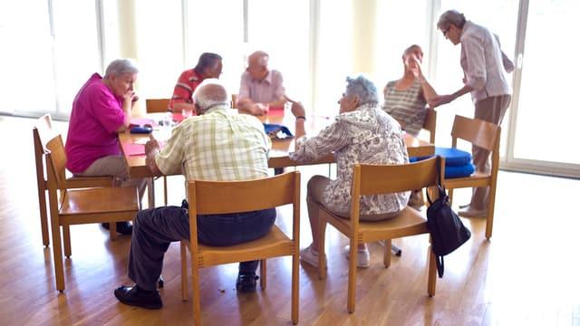 Eine Gruppe von Rentnern