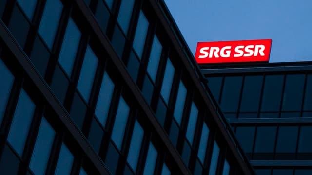 logo illuminà da la SRG SSR