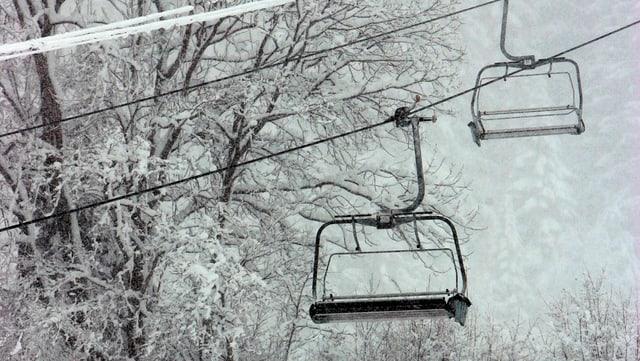 Der Sessellift ab Wildhaus bietet Platz für vier Schneesportler pro Sessel.