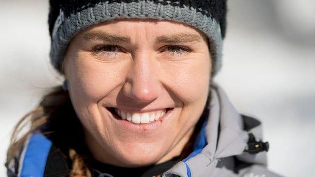 fatscha da la skiunza Fabienne Suter