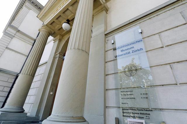 Eingang des Medizinhistorischen Museums