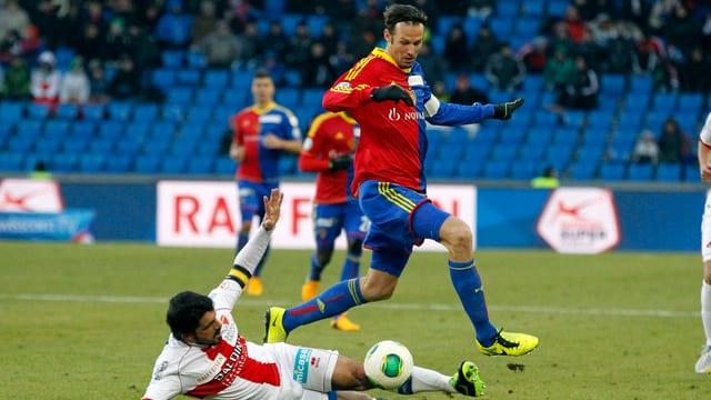 Überwindet der FCB (Marco Streller) auch Sion (Gennaro Gattuso), dann steht er im Cupfinal.