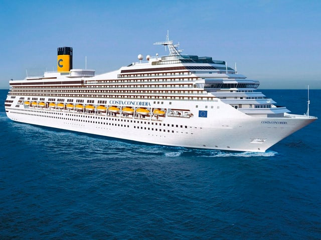 Die Costa Concordia in voller Fahrt.