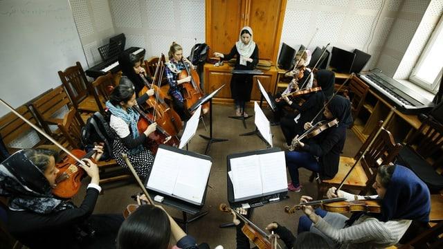Kinder in einer Musikschule in Afghanistan.