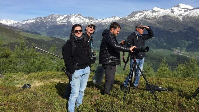 Annina Schmid, Markus Graber, Curdin Fliri e Dominik Rupf tschertgan selvaschina.