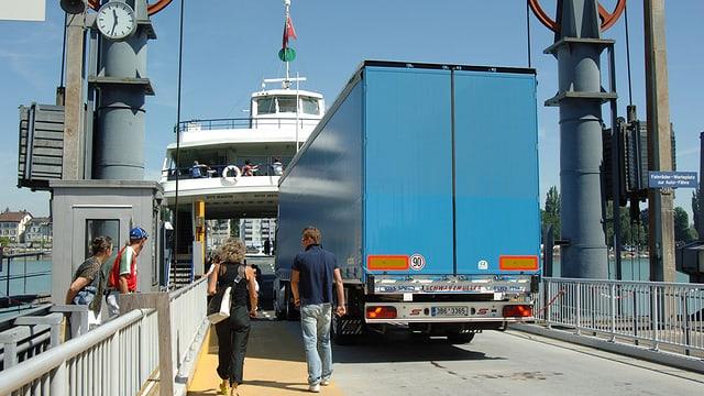 Fähre im Hafen von Romanshorn