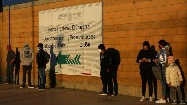 Asylsuchende an der mexikanischen Grenze zu den USA.