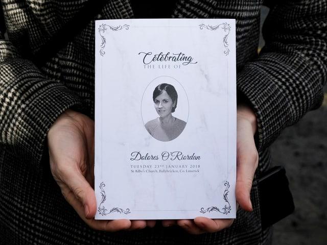 Charta da funeral da Dolores O'Riordan