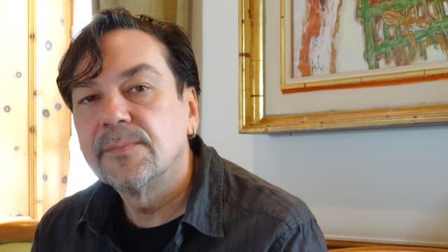 Il scriptur ed activist ucranais Yuri Andruchowytsch.