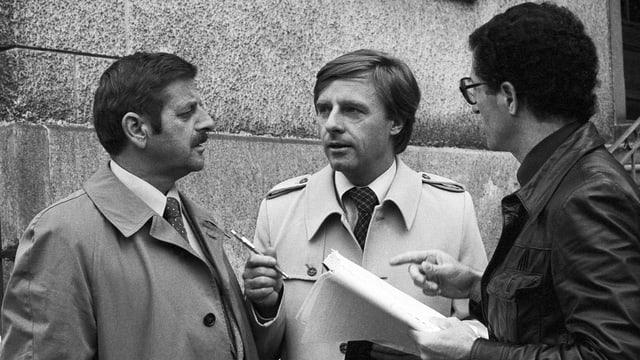 Spurensuche: Emil Steinberger und Walo Lüönd im Film «Die Schweizermacher» von  Rolf Lyssy (1978).