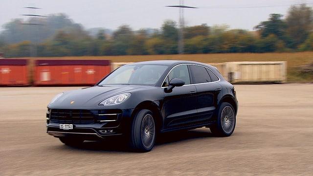 Video «Porsche Macan Turbo, Stuntman – Vollprofi und blutiger Anfänger» abspielen