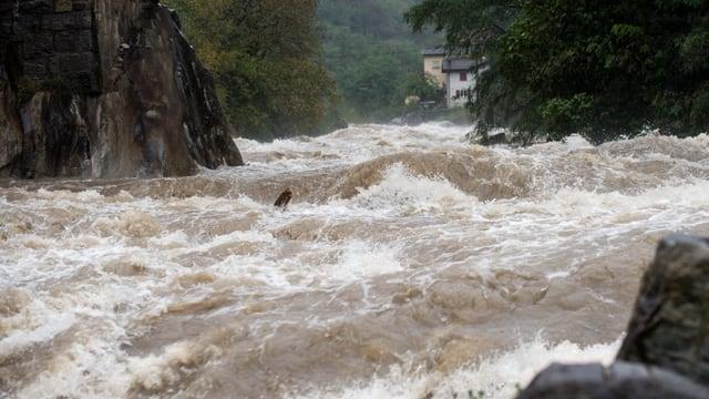 Hochwasser im Ticino bei Giornico am 13. Oktober