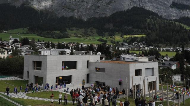 La nova scolina da Flem cun structuras dal di è vegnida inaugurada.