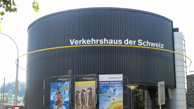 Der prominente Rundbau des Verkehrshauses in Luzern.