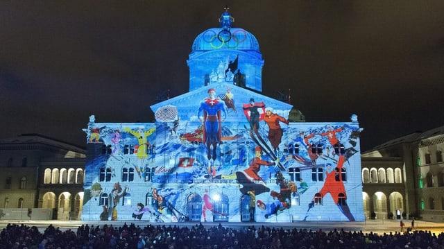Lichtspektakel im Dezember 2012 an der Fassade des Bundeshauses.