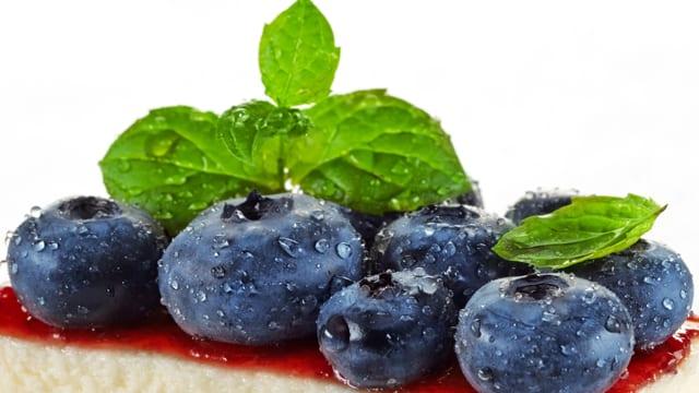 Früchte und Quark