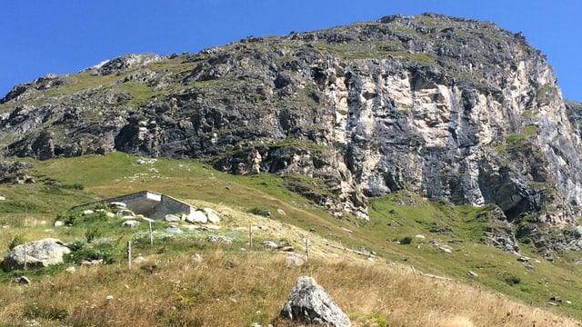Reservuar Chalchais en la Val Fex
