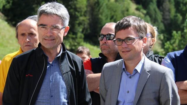 Cusseglier guvernativ Mario Cavigelli (san.) e ses collega tessinais Christian Vitta a la sentupada ad Acquacalda.