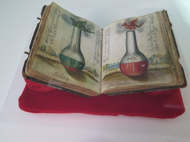 Alchemie-Lehrbuch