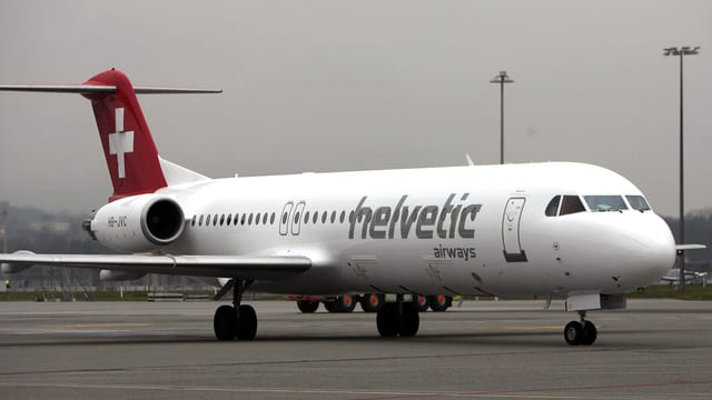 Maschine der Helvetic Airways