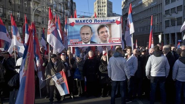 Putinfans in Belgrad