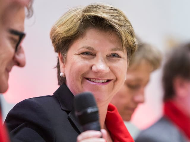 Viola Amherd in Nahaufnahme.