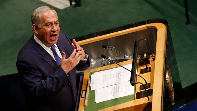 Netanjahu am Rednerpult
