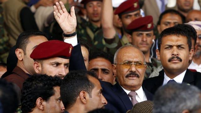 Portrait Saleh amez glieud e militar.