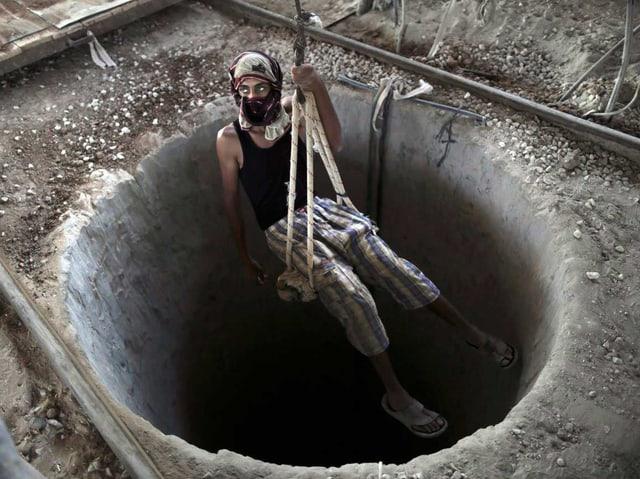 Palästinenser wird in Tunnel gelassen