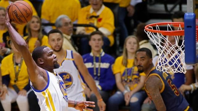 Golden States Kevin Durant erzielte 38 Punkte.