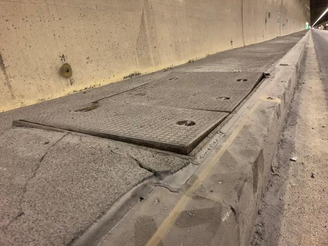 Deckel am Tunnelrand