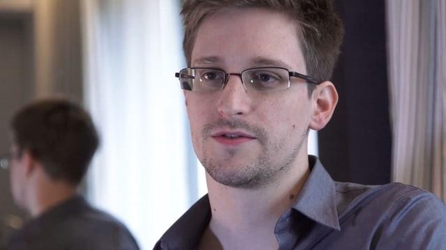 Ein Portrait von Edward Snowden