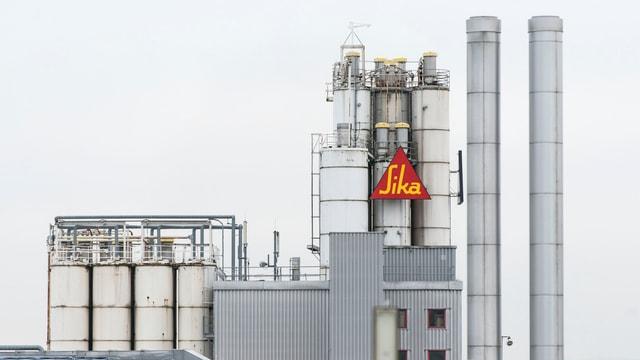 Eine Sika-Fabrik in Düdingen im Kanton Friburg