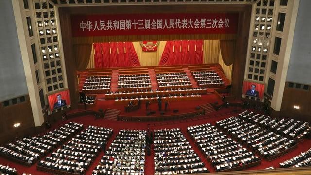 Die Abgeordneten an der Plenarsitzung des Volkskongresses