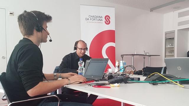 Purtret da Martin Candinas ed il redactur dal Radio Rumantsch Pietro Jacomet.