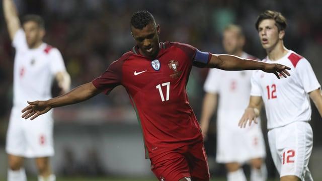 Portugals Nani bejubelt einen Treffer gegen Gibraltar