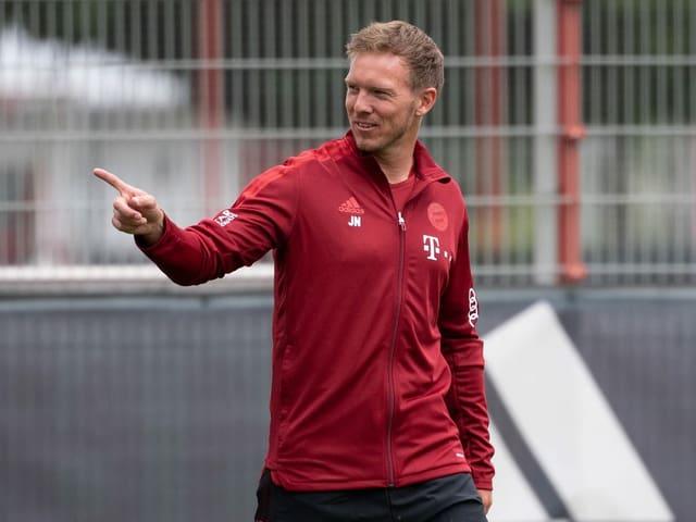 Julian Nagelsmann im Trainingsdress des FC Bayern