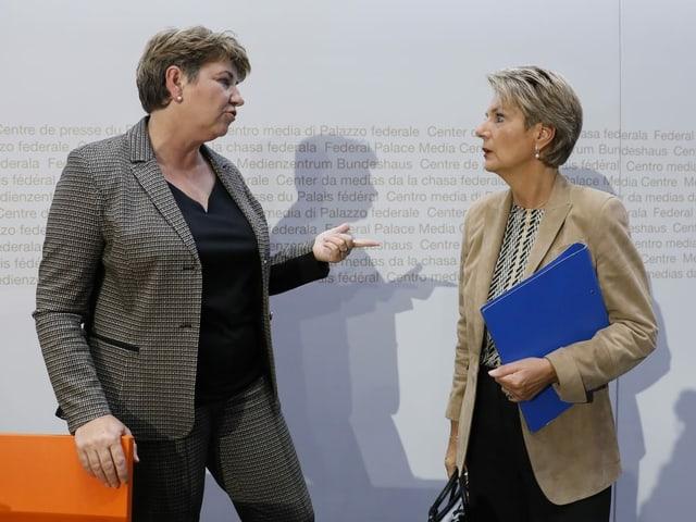 Viola Amherd (links) und Karin Keller-Sutter.