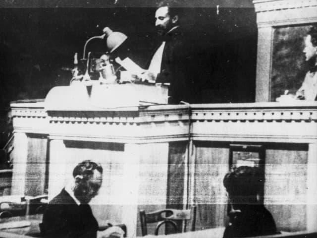 Haile Selassie I. Regent Äthiopiens, spricht Ende Juni 1936 in Genf über Italiens Vergehen im Krieg.