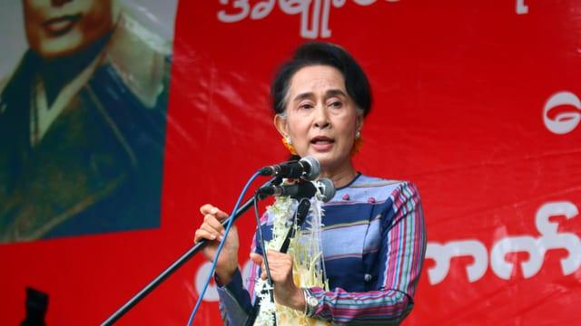 Im Wahlkampf: Aung San Suu Kyi von der National League for Democracy