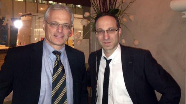 Thomas Minder und Pascal Krauthammer in der «Atelier Bar» am Paradeplatz in Zürich.