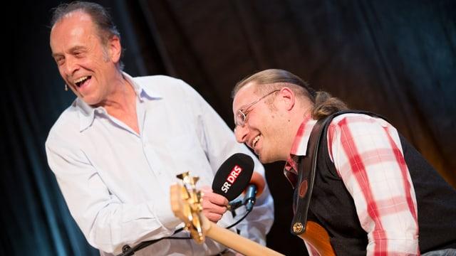 DRS 1-Moderator Joschi Kühne mit Musiker Daniel Ziegler