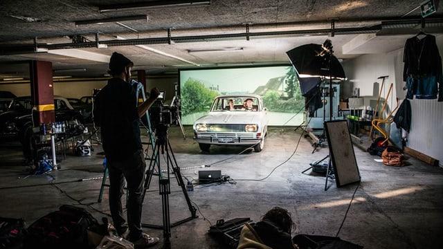 Die Reise in der Garage.