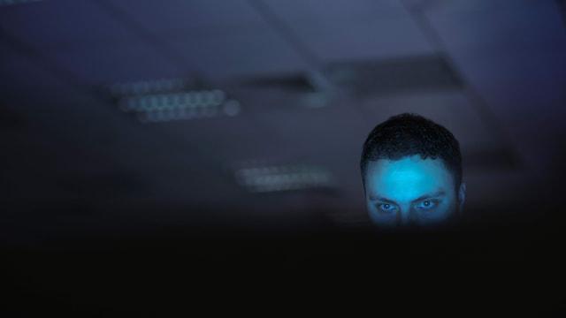 Zoom-Bombing: Wenn Rechtsextreme das Online-Meeting attackieren
